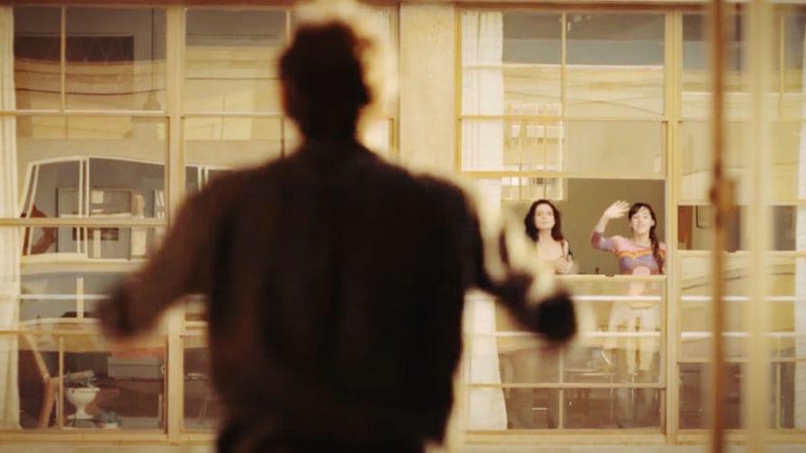 divididos-por-janelas-de-onde-eu-te-vejo