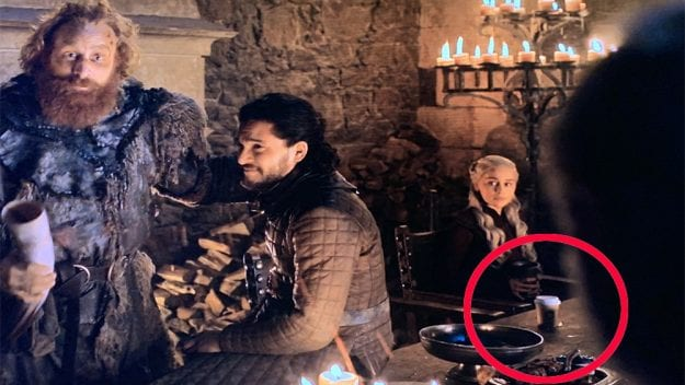 Game of Thrones e o copo starbucks